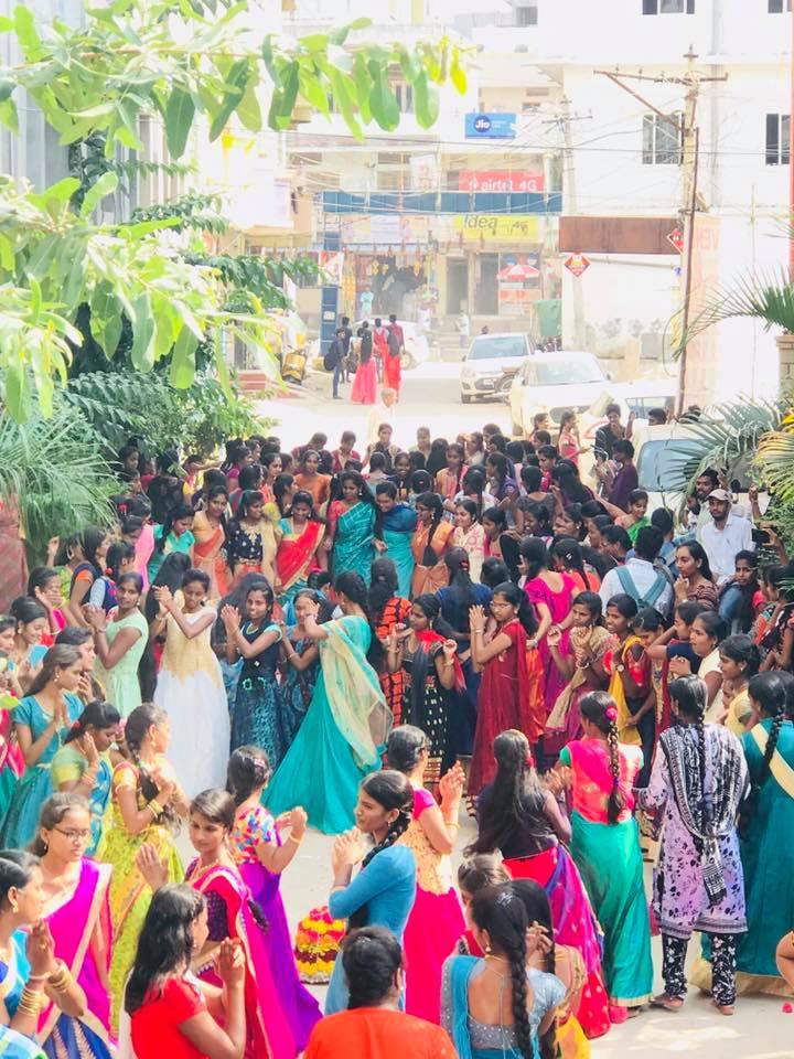 bathukamma celebrations gowthami college2