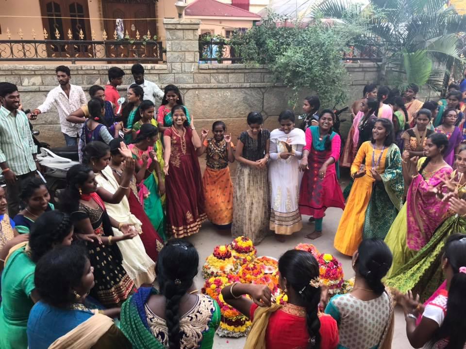 bathukamma celebrations gowthami college4